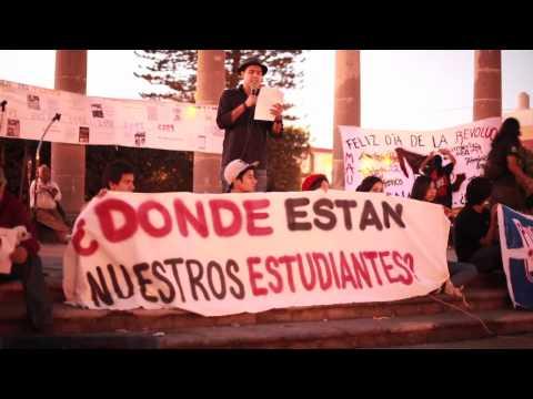 Marcha en Tepic por normalistas de Ayotzinapa