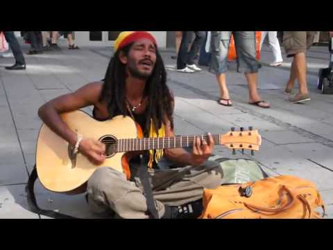 download lagu Straßensänger Performt Bob Marley - No gratis