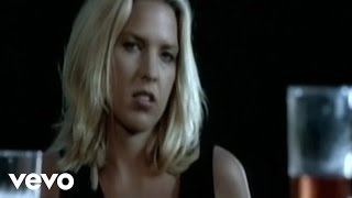 Клип Diana Krall - Let's Face The Music & Dance