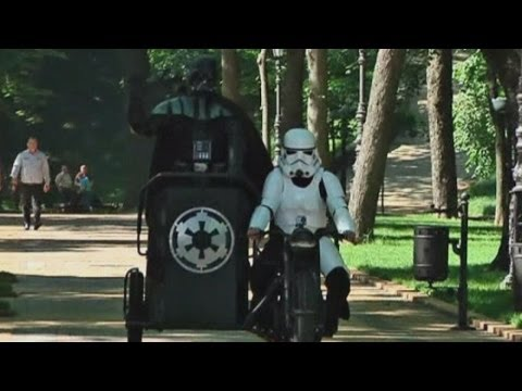 Ukraine election: 'Darth Vader' campaigns for Ukrainian mayors' offices