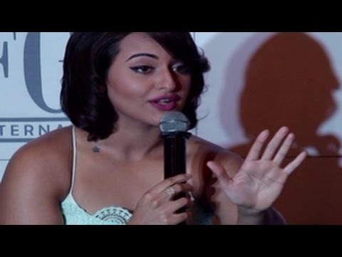 Sonakshi Sinha COMMENTS on AIB Knockout CONTROVERSY