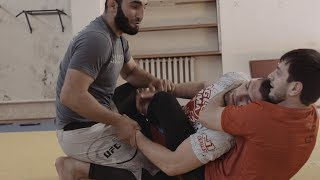 (The Dagestan Chronicles) Khabib Nurmagomedov working out during Ramadan Fast- Episode 2