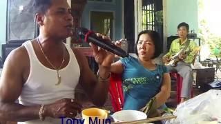 Tony Mun Hát vọng cổ hơi dài