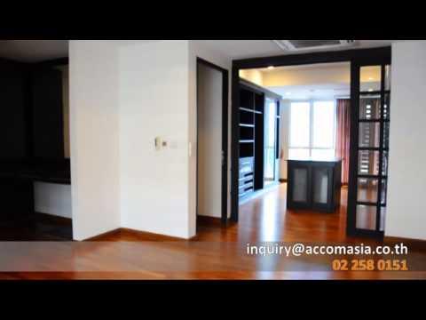 For SALE HOUSE IN COMPOUND- SUKHUMVIT |BANGKOK / EKKAMAI BTS.