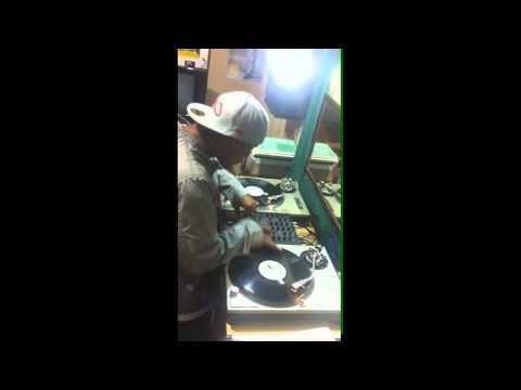 DJ ERICK JAY DMC ONLINE 2012 dmc online video.wmv