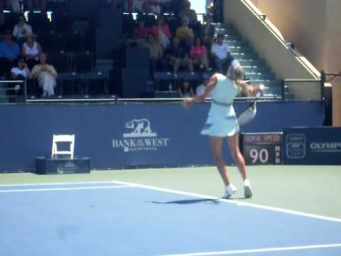 MARIA SHARAPOVA vs VICTORIA AZARENKA SCREAMING CHAMPIONSHIP STANFORD 2010