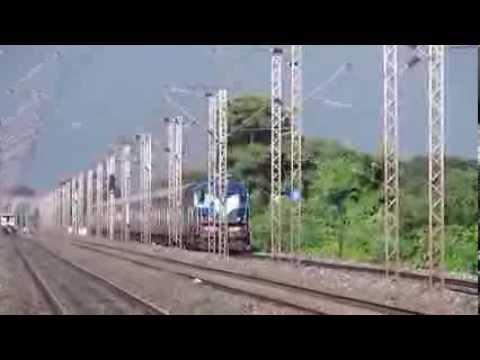 Date taken: July, 2013 Time: 16:10 hrs. Almost 40 minutes late running 18001 Up Howrah Jn-Digha Kandari Express rushes towards its destination with Kharagpur...