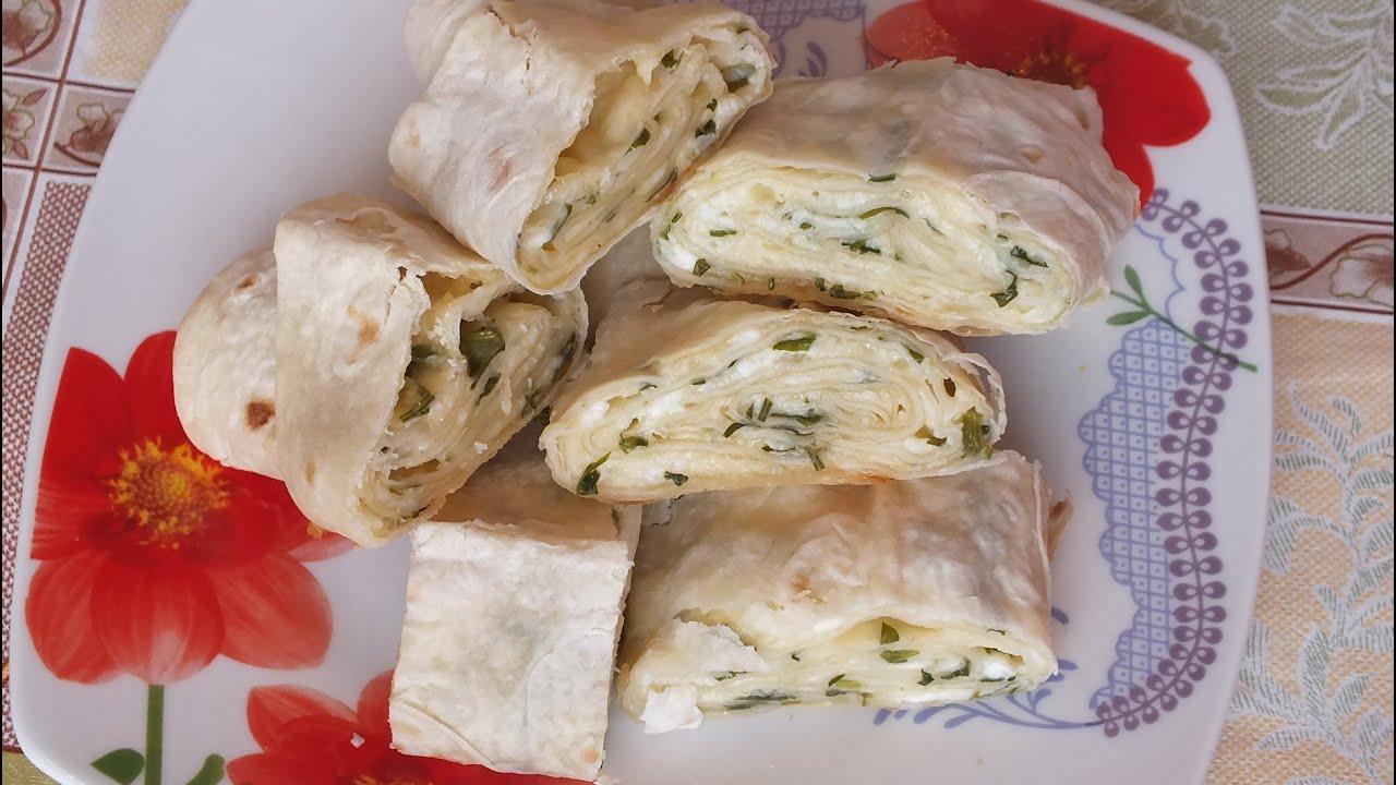 Рулет с лаваша с сыром и зеленью рецепт
