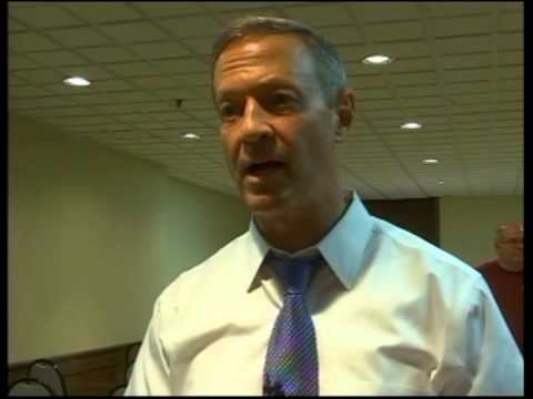 Democratic presidential candidate supports immigration reform