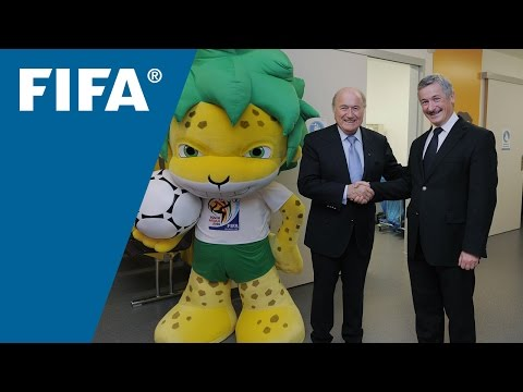 FIFA visits the Children's Hospital Zurich