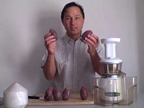Making Cactus Cooler - Prickly Pear Cactus Juice with the Omega VRT 330HD Juicer