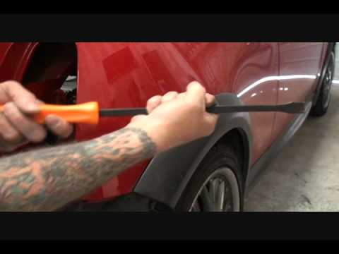 How To Prepare A Car Fender For Painting