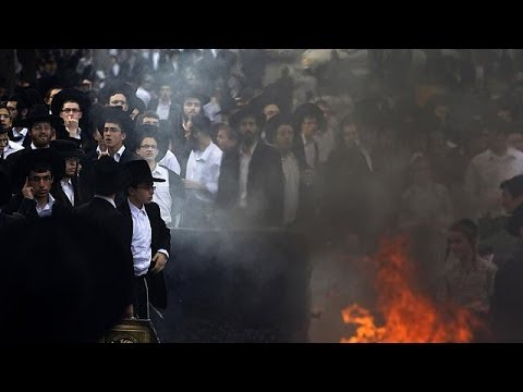 Ultra Orthodox Jews clash with police in Jerusalem over military conscription