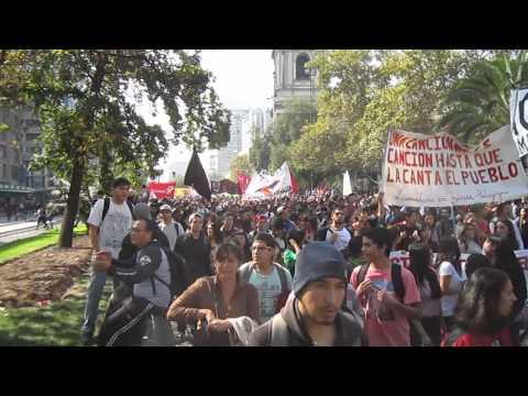 MVI 3832 ///  GRAN MARCHA DE LOS ESTUDIANTES CHILENOS 16 DE ABRIL 2015