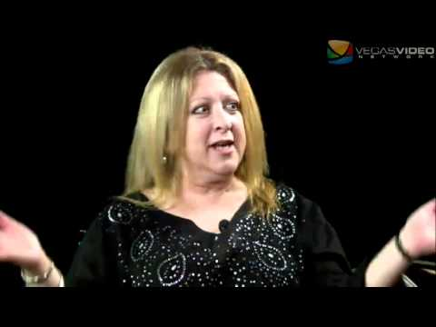 Awkward Silence 2.1 #022: Comedian Elayne Boosler - YouTube