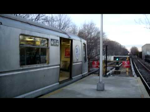 Bedford Park Blvd Bound R40 Slant B Train @ Kings Highway