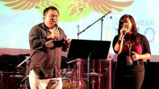 Kristine Xiong & Pastor Jacob Yang singing....
