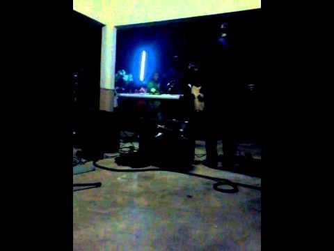 ARISARI-ITIK PULANG PETANG(LIVE@KEMANDOL)