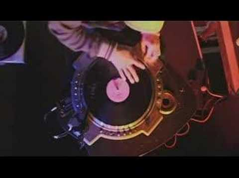 DJ Qbert in Paris - Turntable Drummer