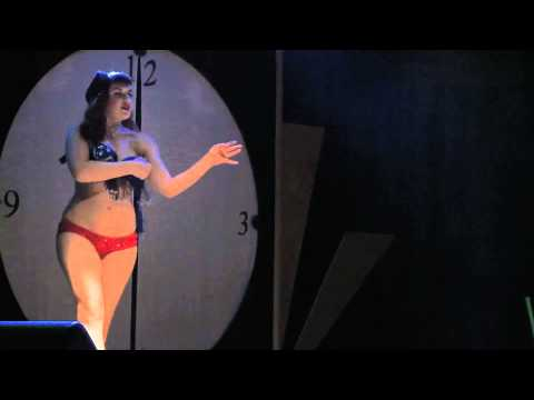 Live Burlesque: lemington Spa 2011 (part 1)
