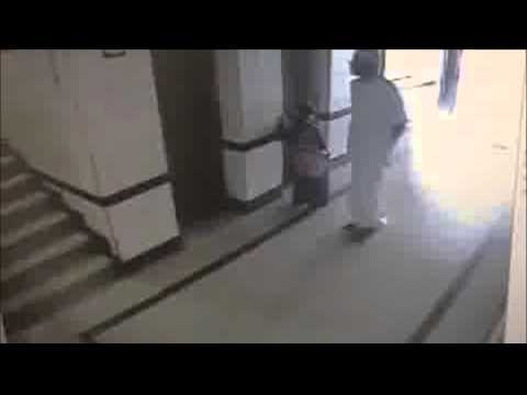 Muslim Man Assaults 7 Year Old Kid In Dammam, Saudi Arabia Cctv Footage video