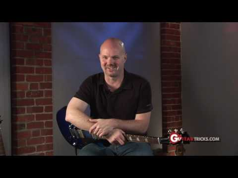 0 Guitar Tricks 32: Pentatonic Soloing   Rock Guitar Lesson