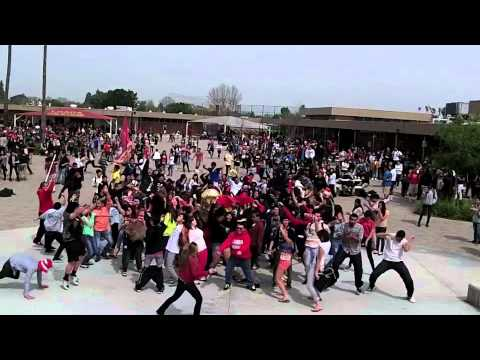 Loara High School Harlem Shake