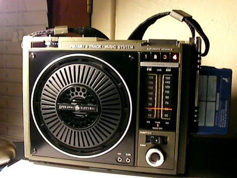 General Electric LoudMouth II AM/FM 8 Track Tape Player