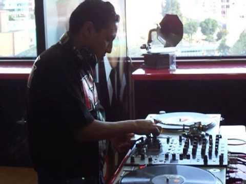 DJ LOBO LATINO  EN AMERICA RADIO