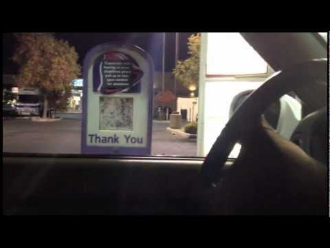 Guy confuses lady in Taco Bell: WITH Simple RADIO!!