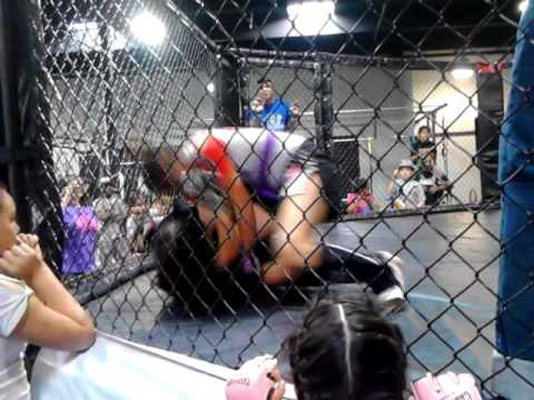 Teen Girls Cage Fighting Riverside Submission video