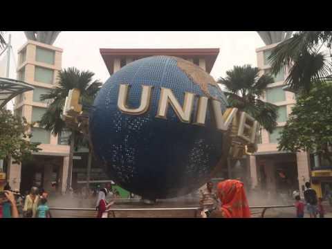 Universal Studio Singapore - the globe at the main entrance