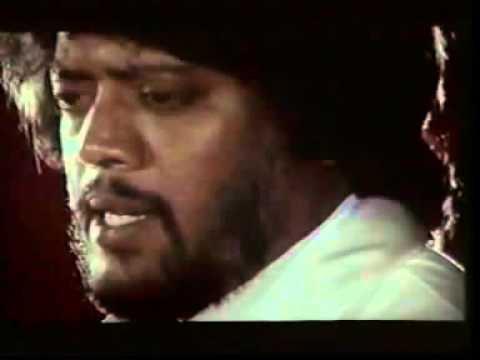 Pillai Nila Irundum Vellai Nila Songs By Neengal Kettavai video