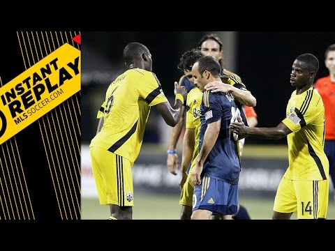 Hugs and handballs in Columbus: Did Landon Donovan deserve more against the Crew? | Instant Replay