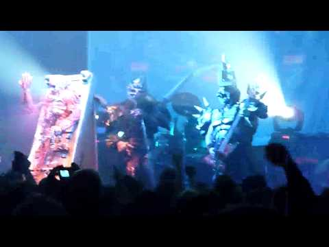 Gwar performing Tormentor Live @ the Moncton Coliseum October 30th 2009