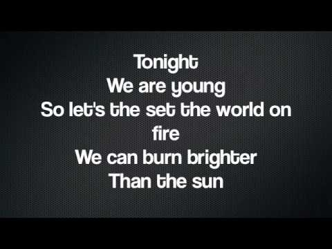 We Are Young- Cast Of Glee (lyrics) video