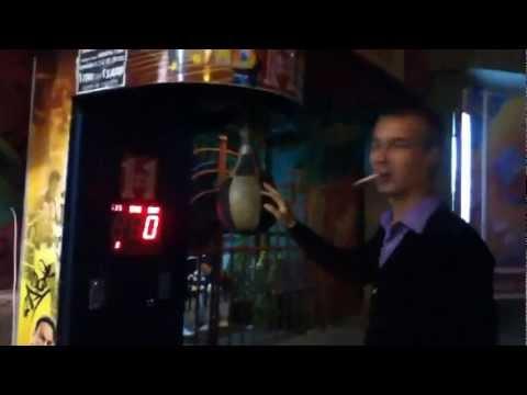 Боксер супертяж и груша автомат