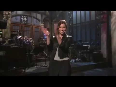 Jessica Biel introduces Justin Timberlake and Ciara performance on SNL