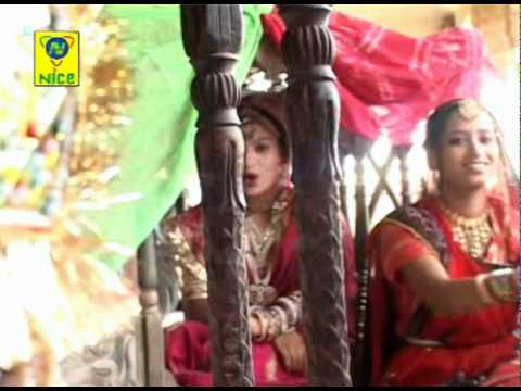 Gero Ful Gulab Ro - Do Do Chudla Pahenti - Rajasthani Marriage Song video