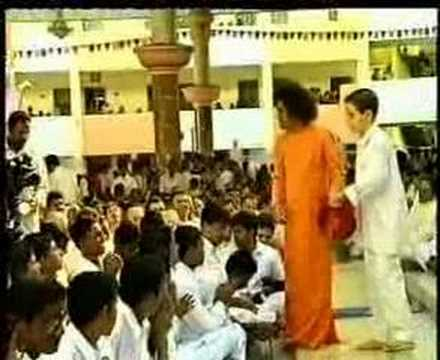 Satya Sai Baba - Kanulo mundara Video