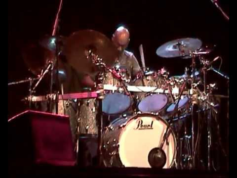 TRIESTE LOVES JAZZ 2012 - MILES SMILES - ROBBEN FORD - OMAR HAKIM - DARRYL JONES - WALLACE RONEY