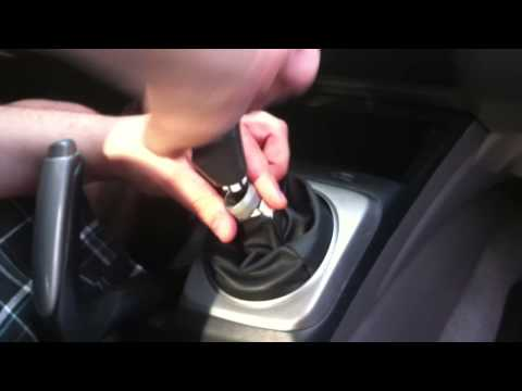 Honda Civic cigarette lighter fix - 8th gen civics 12v adapter accessory outlet instructions