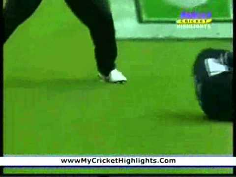 Brendon McCullum- 5 Catches vs. Pakistan