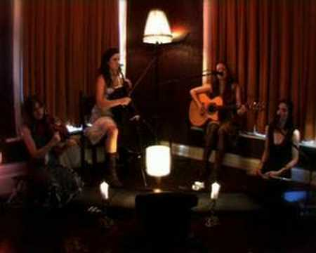 Emily Barker & the Red Clay Halo - Journey (Live)