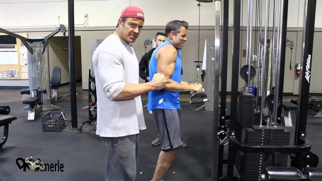 How To Tricep Pushdown Life Fitness Cable