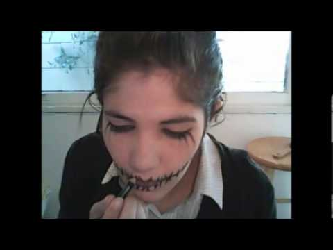 Easy to Make Gothic Halloween Costumes Easy Goth Make Up/ Halloween