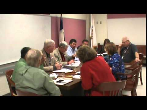 Floresville, Texas (WCN) Wilson County Commissioners (2 of 2) 5/11/2015