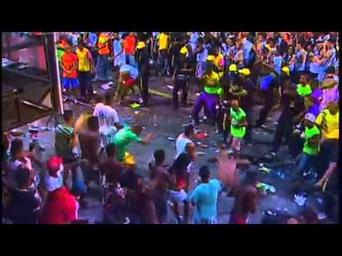 Briga no Carnaval de Salvador 2013- Pipoca x Cordeiros