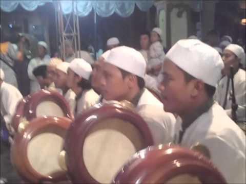 Habib Syech - Mabruk Alfa Mabruk/Syiir Ulang Tahun (AMBARKETAWANG GAMPING BERSHOLAWAT 2016)