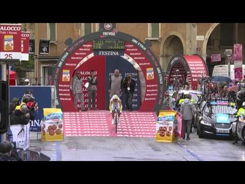 Giro d'Italia 2015: race highlights from stage 14